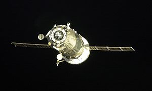 Progress M-48 - Progress M-48 approaching the ISS