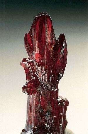 Sulfosalt minerals - Image: Proustite (long prismatic crystal) Chanarcillo, Copiapo Province, Atacama Region, Chile