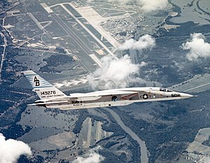 RVAH-14 - RVAH-14 RA-5C Vigilante over NAS Albany in 1969