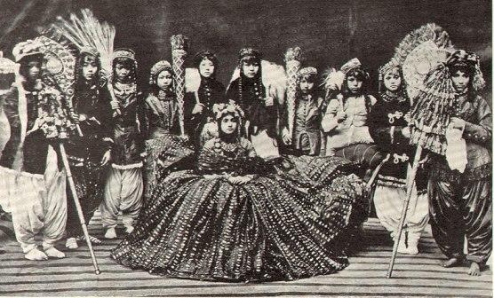RaniOfNepal1920