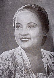 Ratna Asmara, pictured in 1940