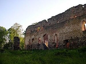 Rauna Castle - Image: Rauna 1