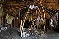 Rekonstruktion Zelt Steinzeit innen.jpg