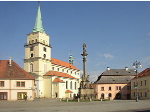 Rokycany CZ Our Lady of the Snow church and Marian column 0589.jpg