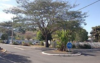 Pamandzi - A roundabout at Pamandzi, with the school to the left