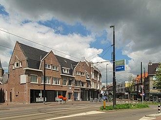 Hillegersberg - Image: Rotterdam Hillegersberg, straatzicht Bergse Dorpsstraat foto 7 2012 05 13 13.37