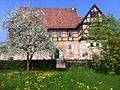 Rußwurmsches Herrenhaus im Frühling 2013.jpg