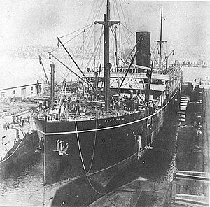 SS Berrima in build at Caird and Co in 1913.jpg