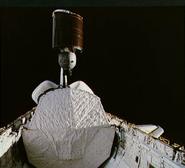STS-5 Anik deploy