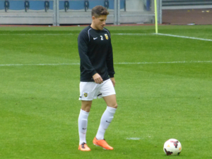 Sam Hutchinson - Hutchinson warming up for Vitesse in October 2013.