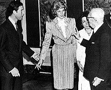 La principessa Diana con il marito Carlo e il presidente della Repubblica Italiana Sandro Pertini nel 1985