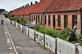 Front Yard Wikipedia