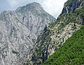Scenery on Lake Komani - Northern Albania - 07 (40814631480).jpg