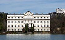 SchlossLeopoldskronWeier.jpg