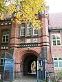 Schlosseingang - panoramio.jpg