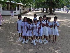 Sri Lanka-i iskoláslányok