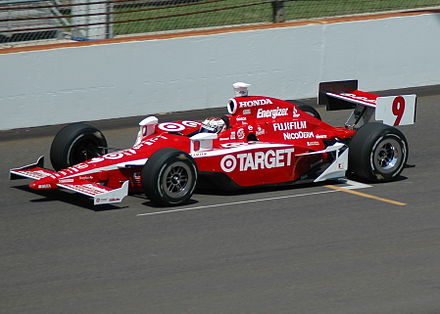 Practicing for the 2007 Indianapolis 500 ScottDixon2007Indy500Practice.jpg