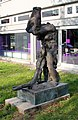 Sculpture Alte Jakobstr 124 (Kreuzb) Flucht aus der Zeit Rolf Szymanski2.jpg