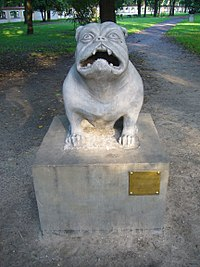 Sculpture of dog Kawelin in Białystok.jpg