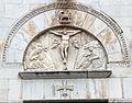 Scuola pisana, crocifssione sulla facciata del duomo di pietrasanta, XIV-XV secolo.JPG
