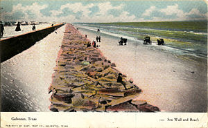 Galveston Seawall - Image: Sea Wall and beach, Galveston, Texas