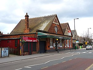 English: Selhurst station, Selhurst Road Those...