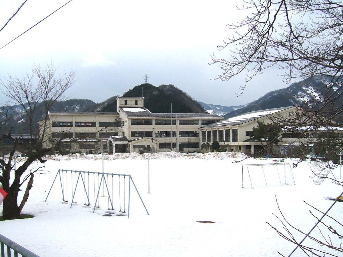 小学校 大庭