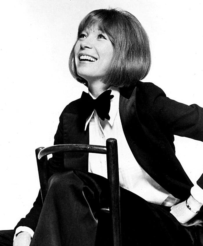 Shirley MacLaine - 1976