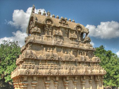 Shore Temple 02 HDR (2281608220).jpg