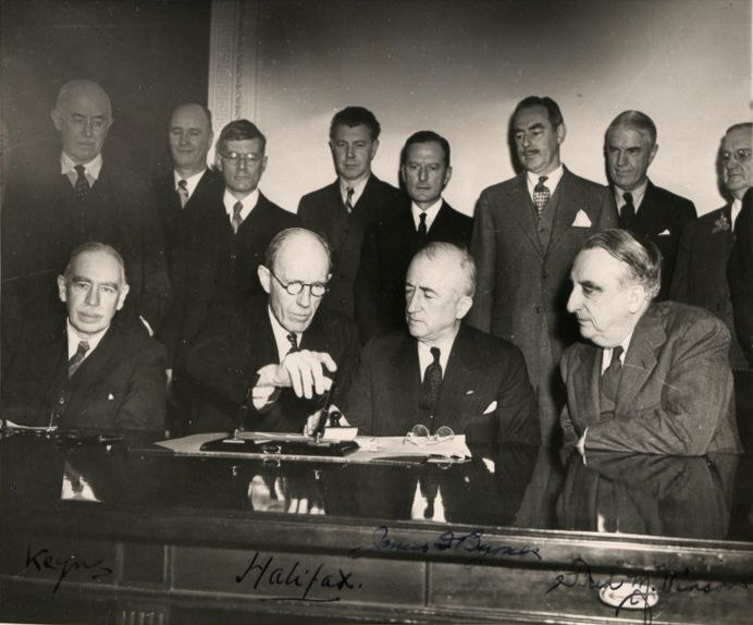 Signature Anglo American loan agreement 1945