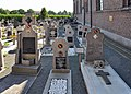 Sint-Joris Oudstrijdersgraven R01.jpg