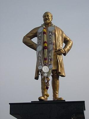 Sivaji Ganesan - Ganesan Statue on Kamarajar Road in Chennai