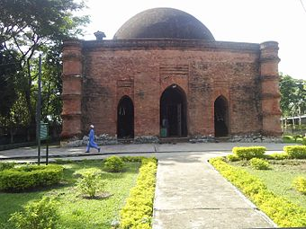 Sixty Dome Mosque (7).jpg