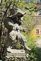 Skulptur im Salzburger Stadtteil Riedenburg.jpg