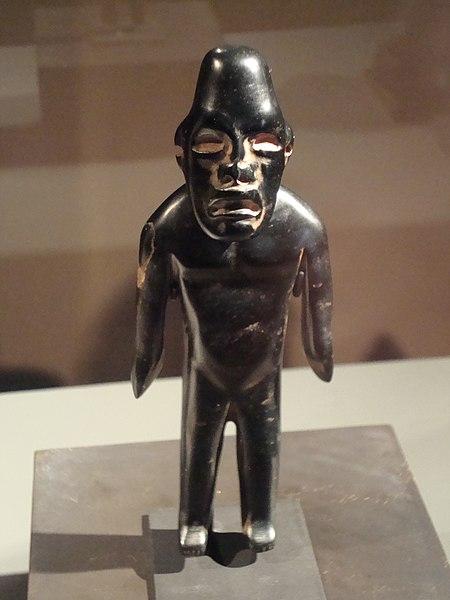 File:Small sculpture of a man in Santiago Museum of PreColumbian Art.JPG