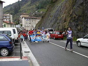 Korrika - Head of the 15th Korrika running through Soraluze