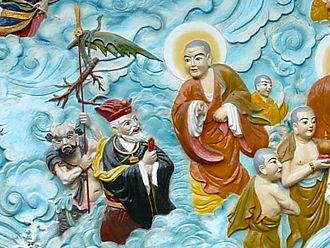 Quan Âm Pagoda (Ho Chi Minh City) - A bodhisattva converses with the spirit of the land.