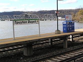 Spuyten Duyvil, Bronx - Spuyten Duyvil Creek as seen from the Metro North station, with the Spuyten Duyvil Bridge in the background