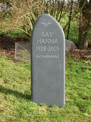 Ray Hanna - Image: Squadron Leader Ray Hanna's grave, Parham, Suffolk