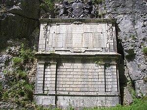 Chaîne de l'Épine - Image: Stèle route royale de Savoie