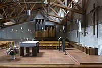 St. Ansgar Parkstadt Solln Kirchenraum.jpg