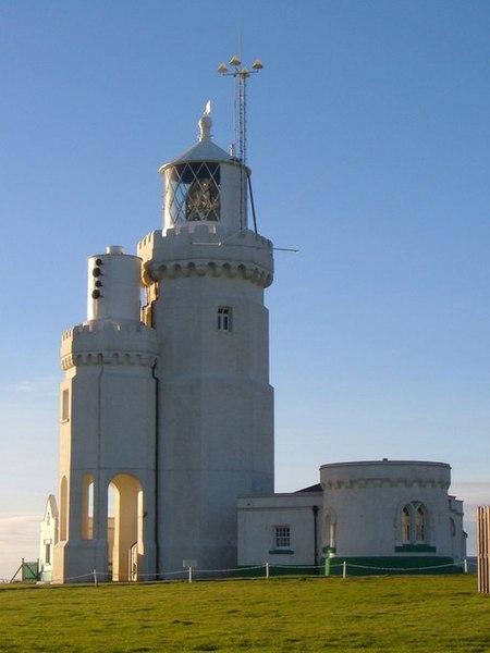 [Image: 450px-St_Catherine%27s_Lighthouse_-_geog...414472.jpg]