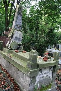 Stanisław Garlicki i Zofia Garlicka grób 03.JPG