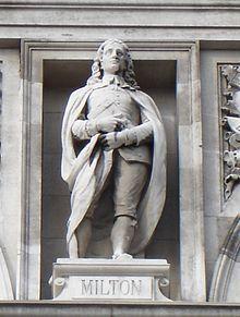 Statua di Milton situata nella City of London School
