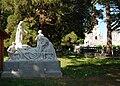 Statuecommemoration. pelerinage de Cambrai1912.jpg
