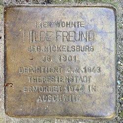 Photo of Hilde Elisabeth Freund brass plaque