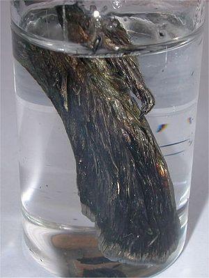Strontium - Oxidized dendritic strontium