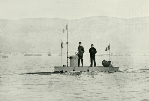Submarine Gymnote with crew - Page's Magazine 1902