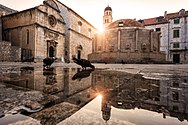 Sunny morning in Old City, Big Onofrio Fountain.jpg