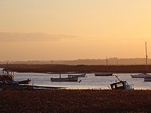 Sunset over River Alde Aldeburgh Suffolk - geograph.org.uk - 16634.jpg